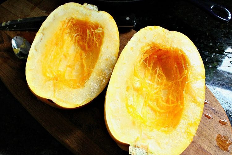 This is the simplest recipe EVER to cook spaghetti squash! It is a delicious, healthy alternative to pasta and low calorie too!