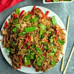 Amazing Chicken Lo Mein