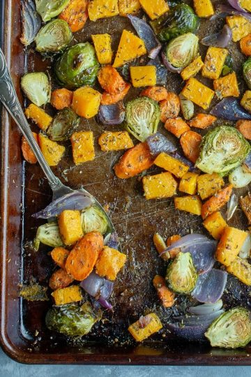 Delicious crispy roasted vegetables made with from fresh garlic, herbs, olive oil and a big dash of parmesan cheese.