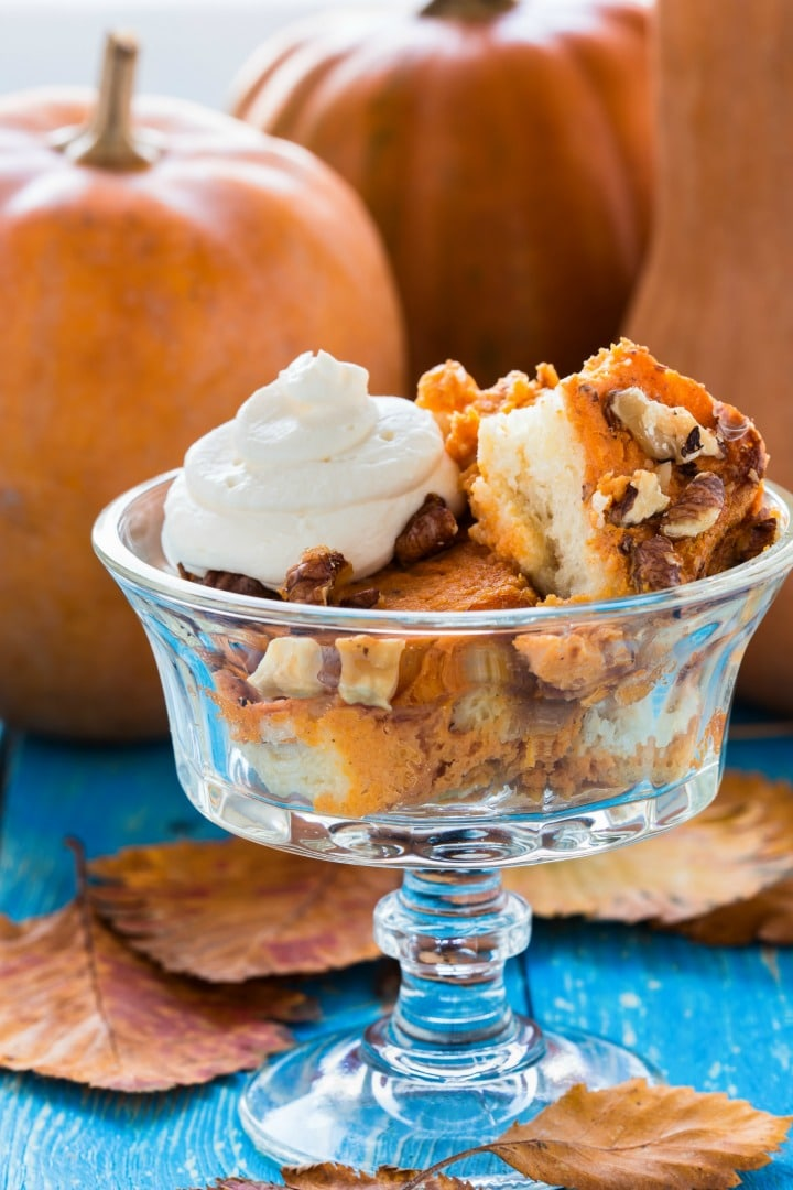 Super Easy Pumpkin Walnut Bread Pudding recipe flavored with pumpkin puree and loaded with walnuts and raisins. Simple to make and perfect for breakfast, brunch or dessert!