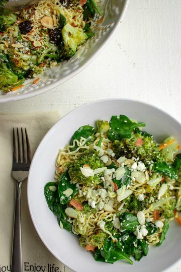Cold Noodle Broccoli Spinach Salad is a healthy blend of ramen noodles, roasted fresh broccoli and spinach, tossed in a light vinaigrette.