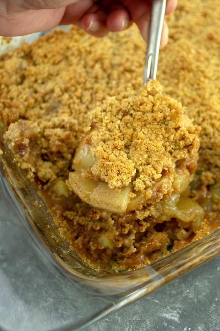 A big spoon of Cinnamon Apple Crisp Recipe
