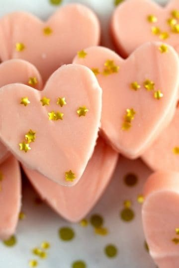 Valentine Glam White Chocolate Fudge with edible gold stars