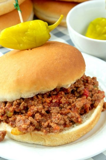 Slow cooker sloppy joe