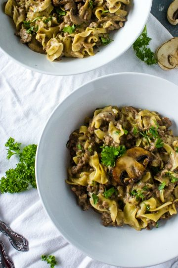ONE POT BEEF STROGANOFF - is weeknight dinner made easy!