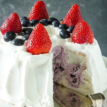 Whipped topping, blueberry pie filling and a store-bought angel food cake make this a quick and easy summer dessert. Great for Red, White and Blue celebrations! #mustlovehomecooking