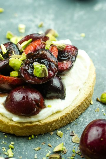 How to make Balsamic Cherry Crostini with Pistachios