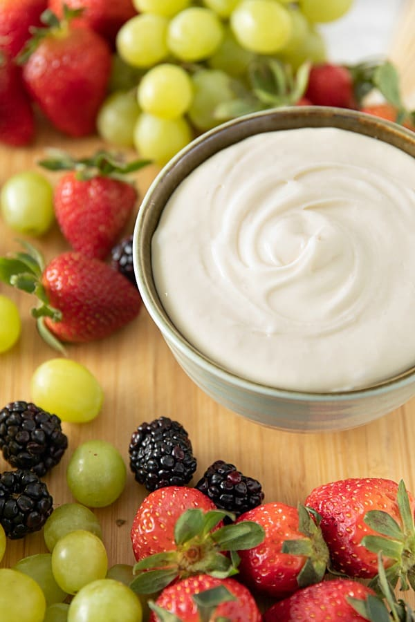 Honey Cream Cheese Fruit Dip is rich, creamy and made with only 3 easy ingredients. #mustlovehomecooking #fruitdip #partydip