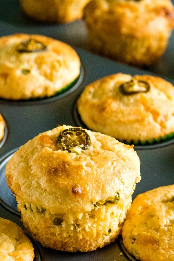 Jiffy Jalapeno Cheddar Cornbread Muffins are moist and cheesy with just the right amount of sweetness and spice. #mustlovehomecooking